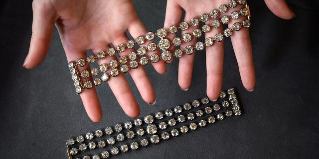 Diamanten armbanden Franse koningin Marie-Antoinette gaan onder de hamer