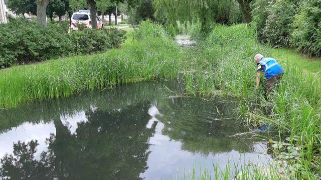 Politie zoekt weer in water waar tas vermiste Katwijkse is gevonden
