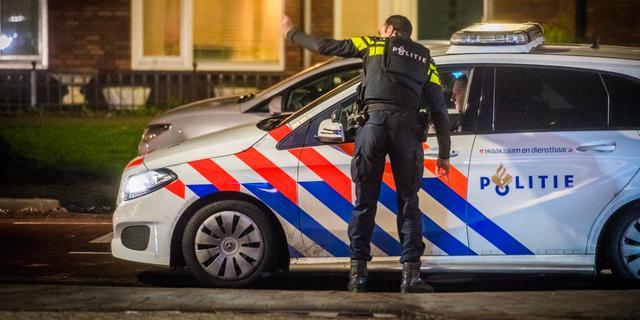 Schoten gelost op Cruquiusweg in Oost, politie zoekt vier daders