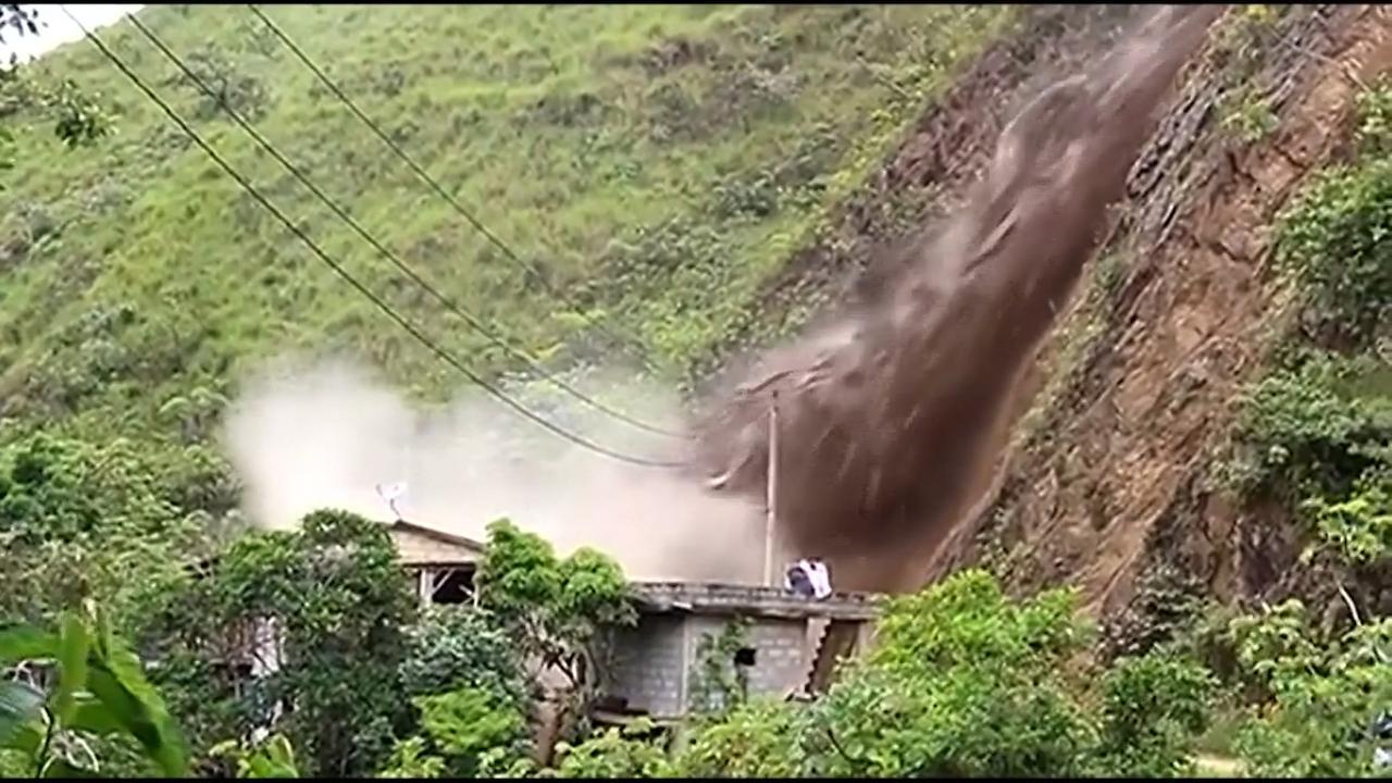 Huis net niet getroffen door gevaarlijke aardverschuiving Peru