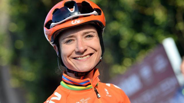 Marianne Vos boekt derde etappezege in Giro Rosa