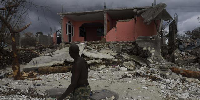 Haïti moet massagraven aanleggen voor doden orkaan Matthew