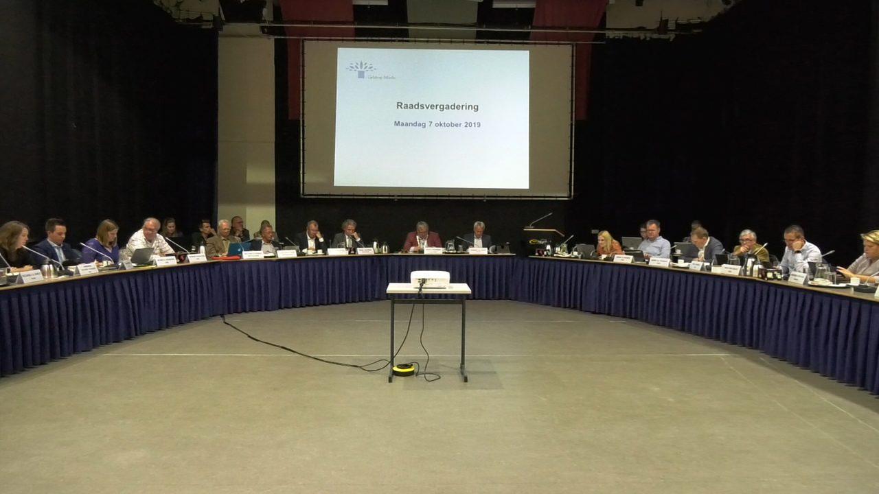 Spoeddebat in gemeenteraad Geldrop-Mierlo over 'verziekte verhoudingen'