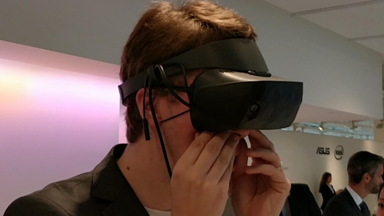 Techbedrijven tonen VR-brillen voor Windows