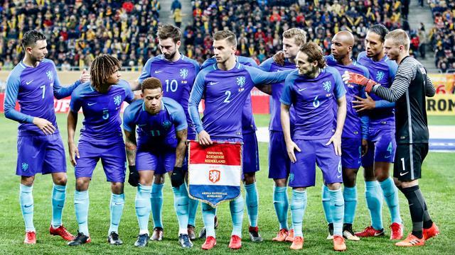 Oranje raakt twintigste plaats op FIFA-ranking kwijt aan IJsland