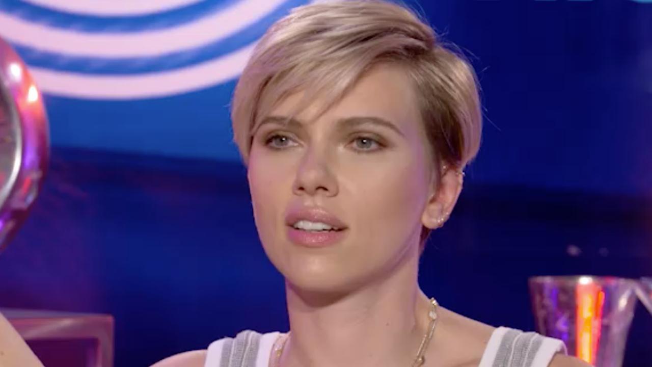 Achterklap in beeld: Scarlett praat over wiet en Usher geeft dansles