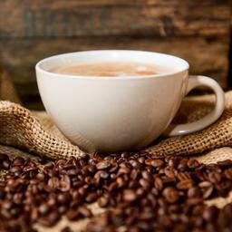Je dagelijkse kopje koffie wordt duurder en minder lekker