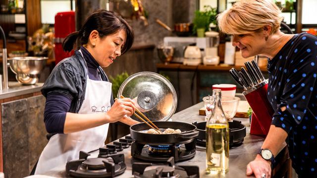 Jurylid Margot Janse verrast door amateurkoks in The Chefs' Line Nederland