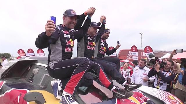 De mooiste beelden van etappe 14 in de Dakar Rally