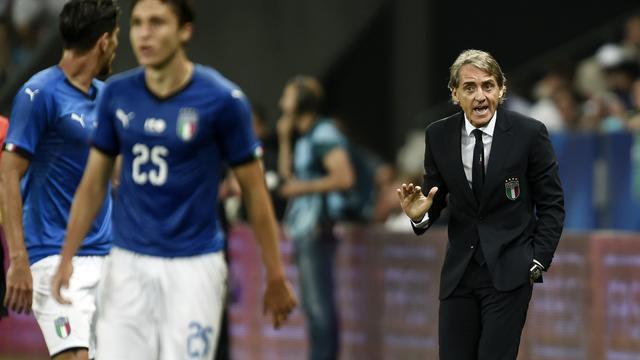 Mancini denkt dat Italië binnen jaar niveau Frankrijk kan halen