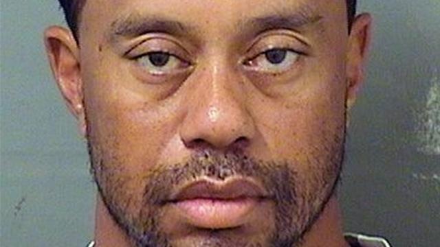Nuchtere Tiger Woods werd slapend achter stuur aangetroffen door politie