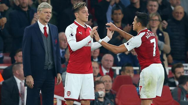 Wenger sluit niet uit dat Özil en Sanchez in winter vertrekken bij Arsenal