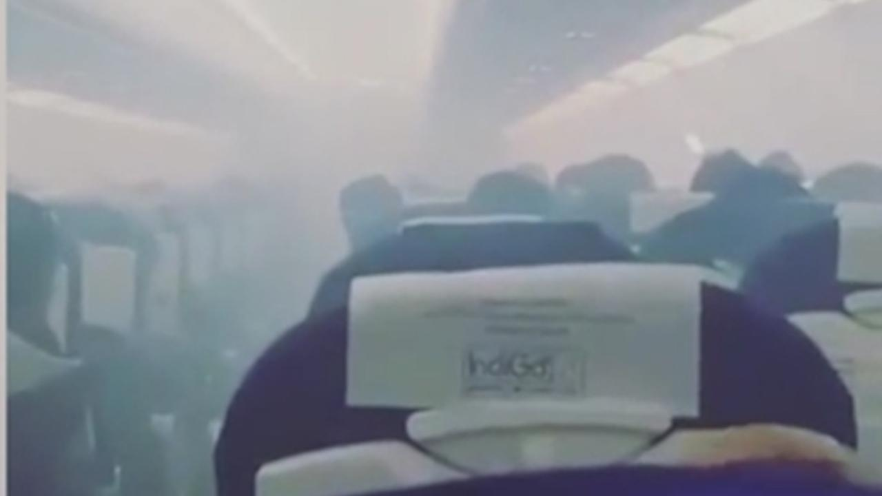 Indiaas vliegtuig maakt noodlanding door rook in cabine