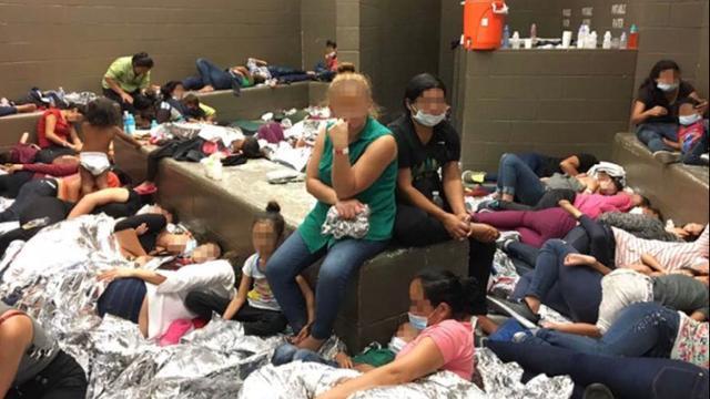 'Koud, hongerig en smerig': Migrantenkinderen in detentiecentra in VS