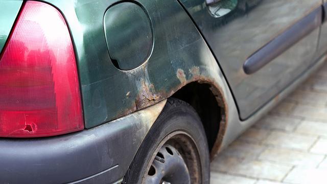 Welke auto-onderdelen zijn roestgevoelig en wat doe je ertegen?