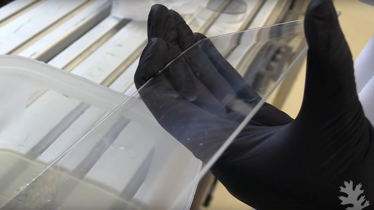 Waterafstotend glas mogelijk in toekomstige smartphones