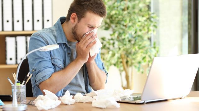 Zo voorkom je dat na één griepgeval de hele afdeling ziek wordt