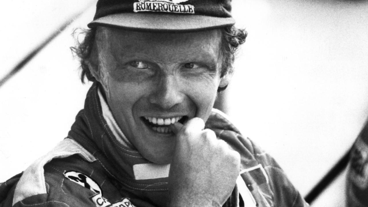 Niki Lauda overleden: Zware crash, titanenstrijd en verfilming