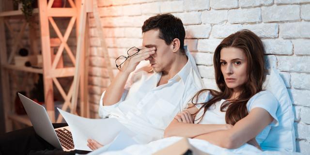 Romantiek en thuiswerken: 'Storm niet zomaar binnen en sluit samen af'