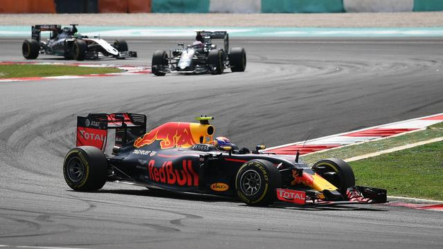 Verstappen tweede in Maleisië achter teamgenoot Ricciardo