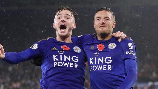 Leicester en Chelsea voorlopig boven City, 'Spurs' gelijk na hoofdrol VAR