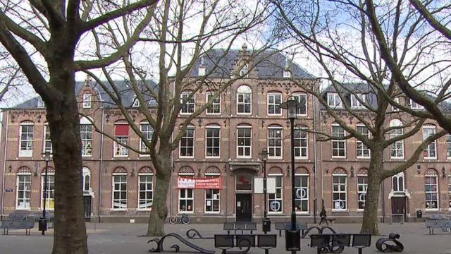 Oudste school van Amsterdam 'de Barbara' blijft toch open