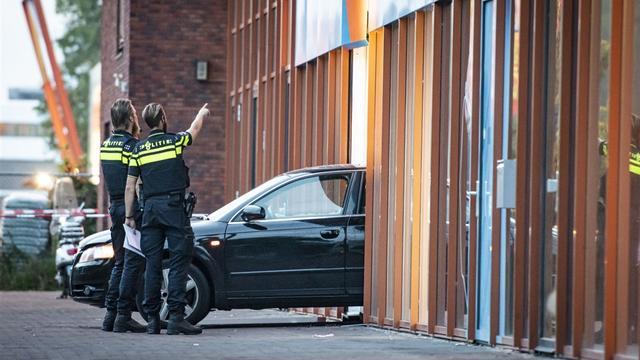 Drie personen aangehouden voor ramkraak bij Europalaan