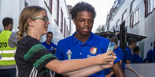 Feyenoord begint met Malacia in basis aan thuiswedstrijd tegen VVV