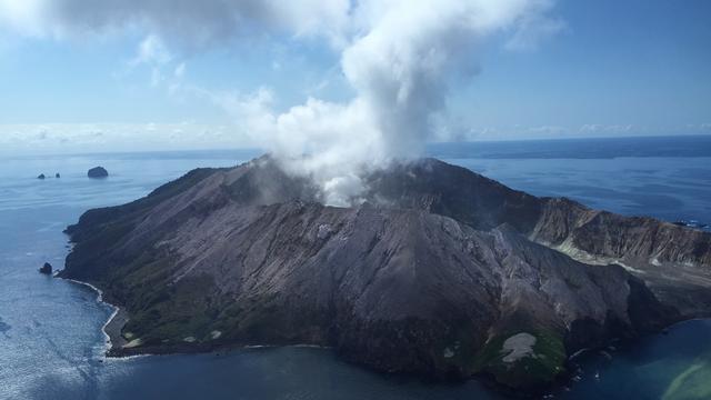 Dodental na vulkaanuitbarsting in Nieuw-Zeeland gestegen naar twintig