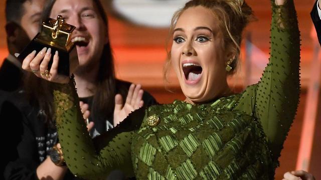 Adele vestigt nieuw record in Nederlandse hitlijst