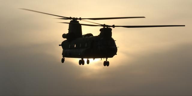 Luchtmacht oefent met landen boven Leiden