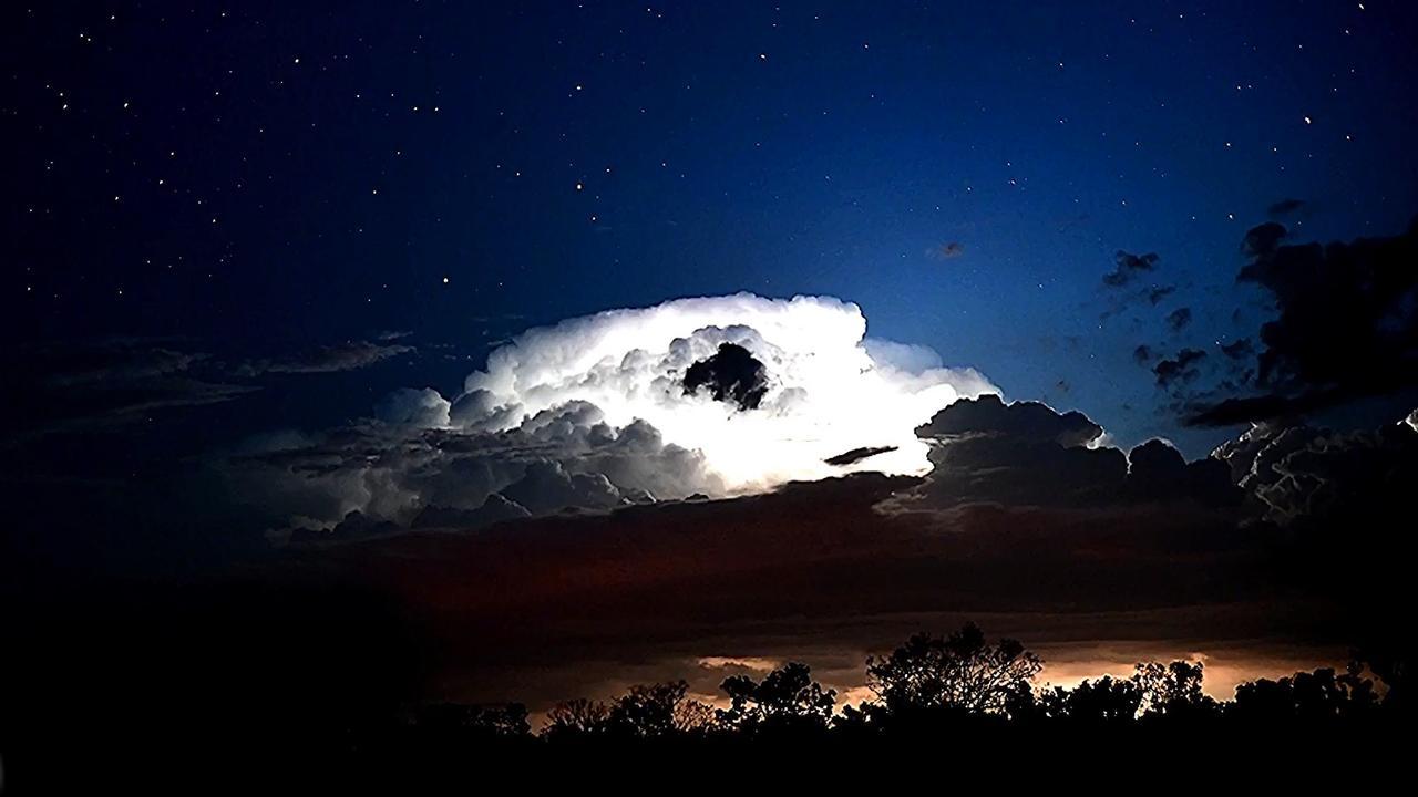 Indrukwekkende timelapse van onweersstorm in Australië
