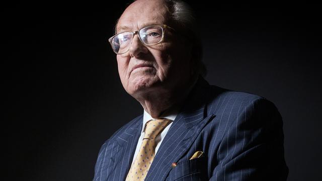 Uit Front National gezette Jean-Marie le Pen houdt erelidmaatschap