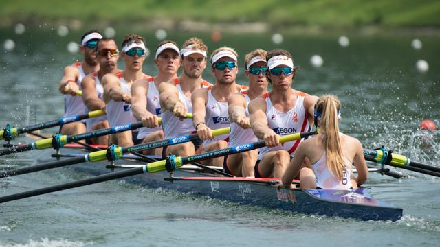 Holland Acht verrast met zilver bij WK roeien en plaatst zich voor Spelen