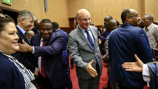 Regering Centraal-Afrikaanse Republiek tekent vredesakkoord met rebellen