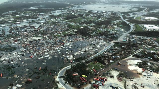 Dorian verwoest 13.000 huizen op Bahamas, zuiden VS zet zich schrap