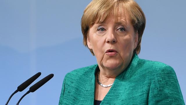 Merkel reageert bedaard op 'toekomstplan' SPD-rivaal Schulz
