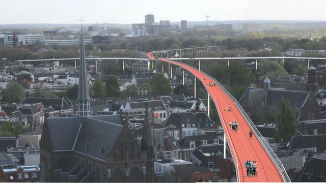 Utrechter bedenkt 'fietssnelweg' boven binnenstad