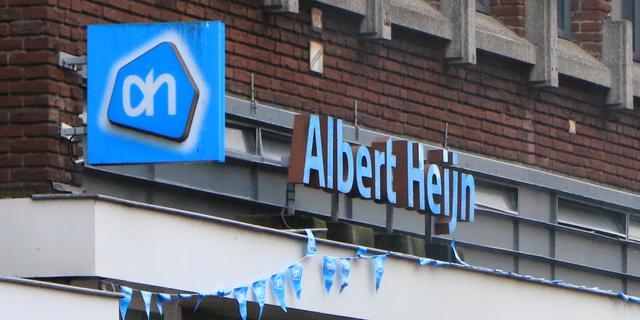 Sloten van achttien Albert Heijn-filialen dichtgelijmd in Amsterdam