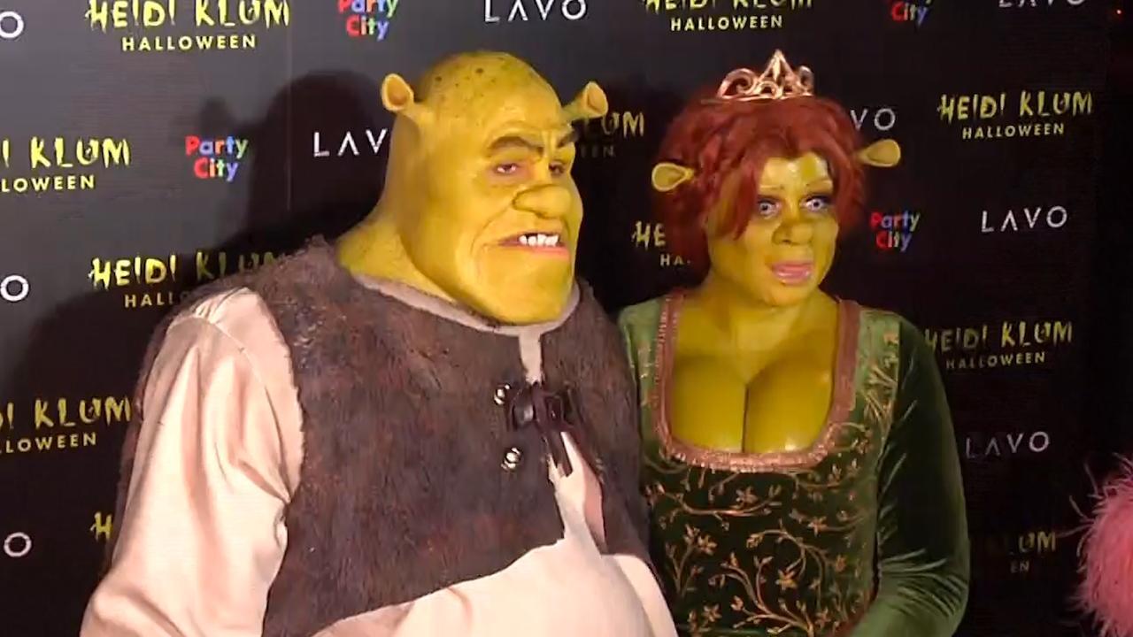 Hoe Ga Je Verkleed Met Halloween.Heidi Klum En Vriend Verkleed Als Shrek En Fiona Voor