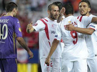 Titelverdediger wint met 3-0 in eerste halve finale in Europa League