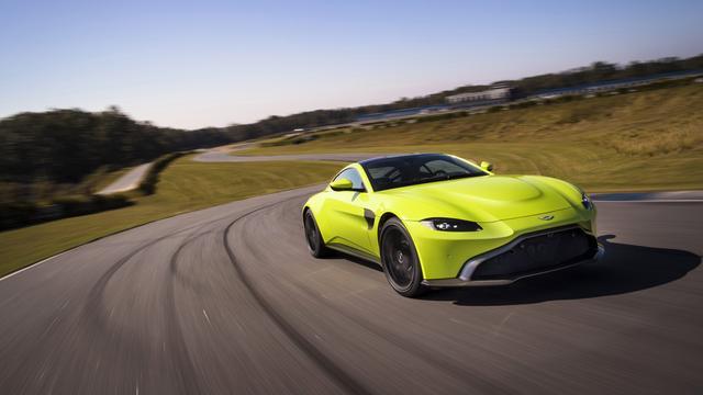 Vliegende start voor Aston Martin Vantage in Verenigd Koninkrijk