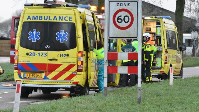 Twee personen overleden bij ongeval tussen Emmeloord en Kuinre.