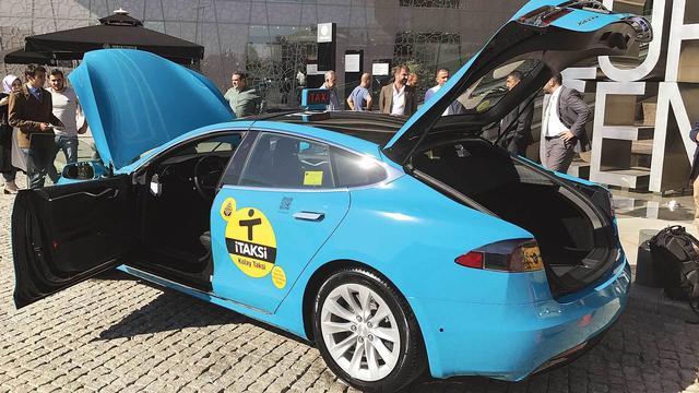 'Turkije gaat elektrische auto's belasten'