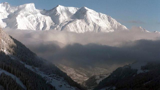 Twee Nederlandse skiërs overleden door lawine in Oostenrijk