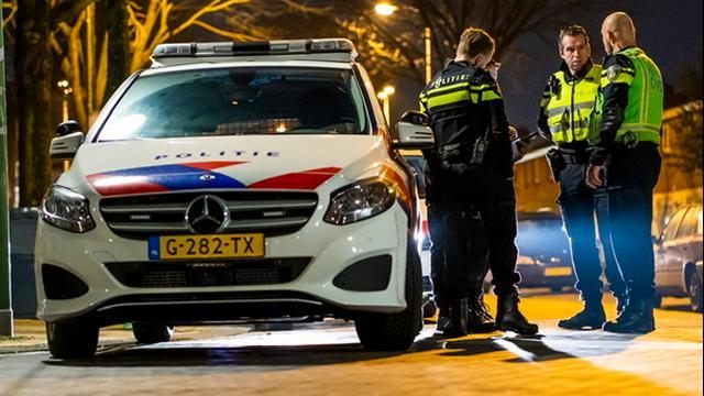 Jongen aangehouden na stelen geld en pizza van bezorger in Wuysterstraat