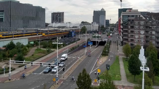 Tunnel Schipholweg naar de Willem de Zwijgerlaan is maandagavond dicht