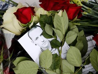 Publieke herdenking werd ruim een week na begrafenis gehouden