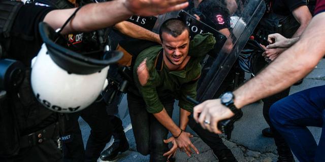 Nederlandse cameraman gearresteerd in Turkije tijdens Gay Pride