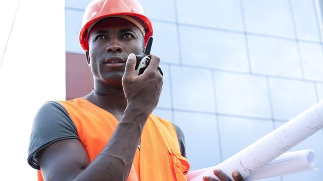 Stress en werkdruk in de bouw: 'Levensgevaarlijke situaties krijg je'